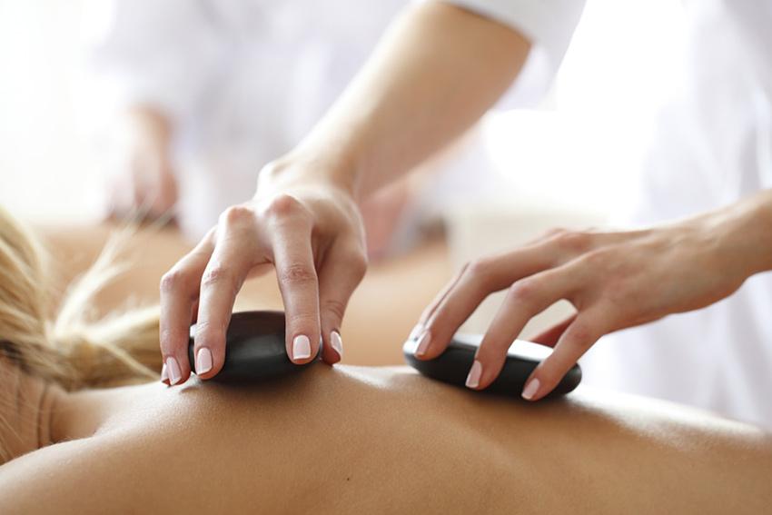 massage_850x567_hotstone1